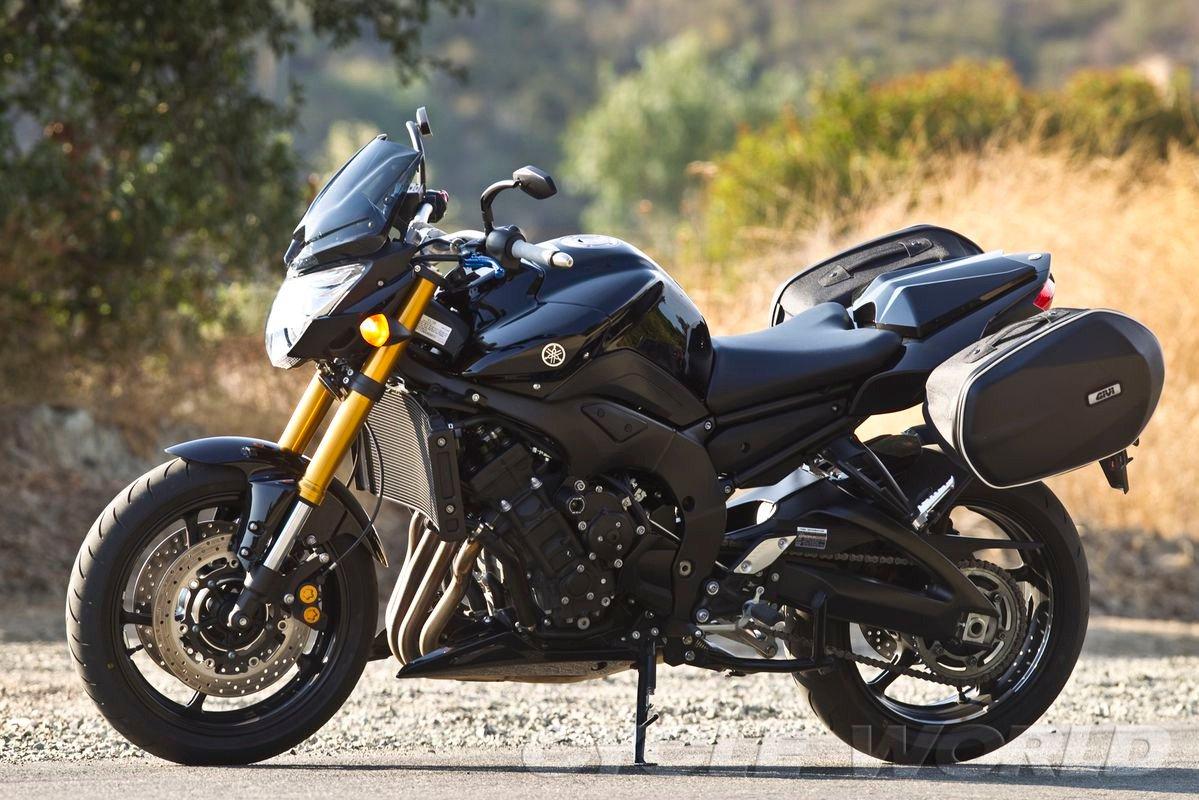 Тест-драйв мотоцикла Yamaha FZ8N