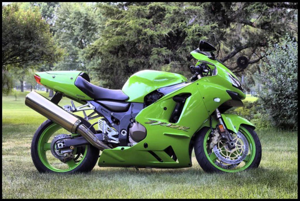 Тест-драйв мотоцикла Kawasaki ZX-9R