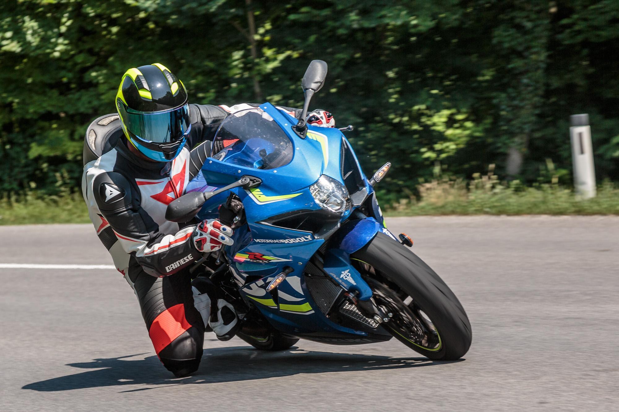 Тест-драйв мотоцикла Suzuki GSX-R1100