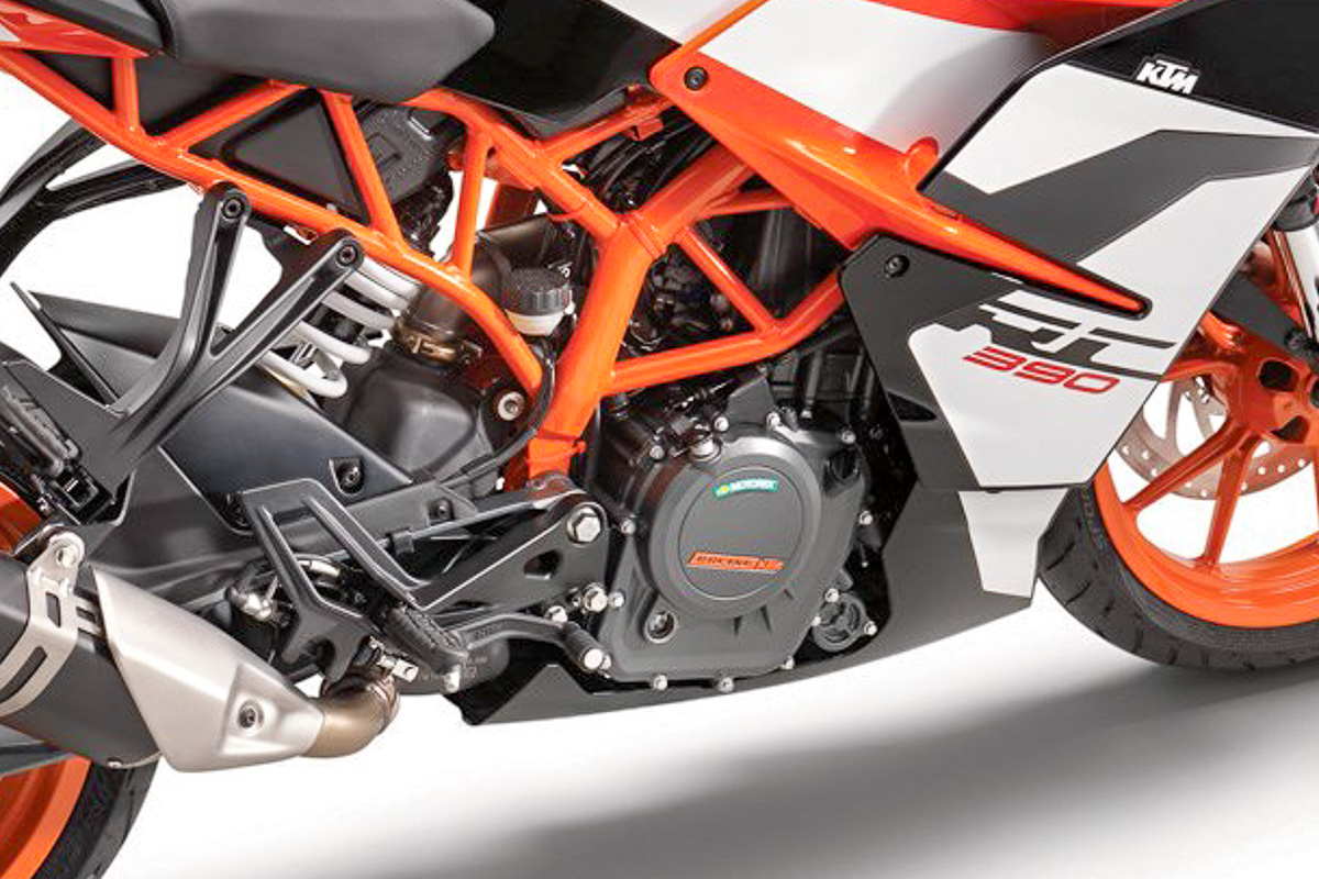 KTM RC 390: свежий взгляд на старые концепции