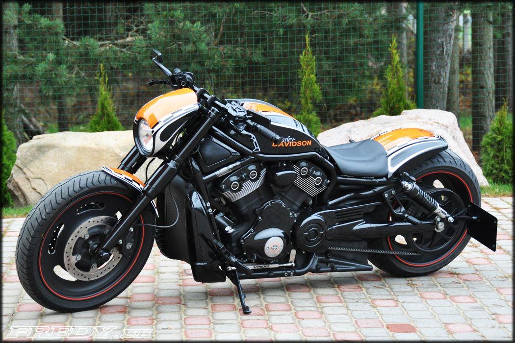 Harley-Davidson Night Rod Special