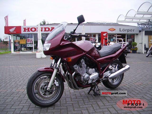 Тест-драйв мотоцикла Yamaha XJ900S Diversion