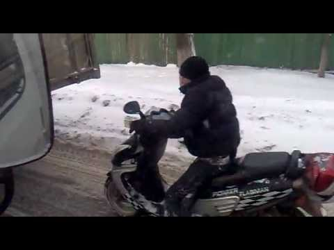 Как ездить на скутере зимой - советы и экипировка