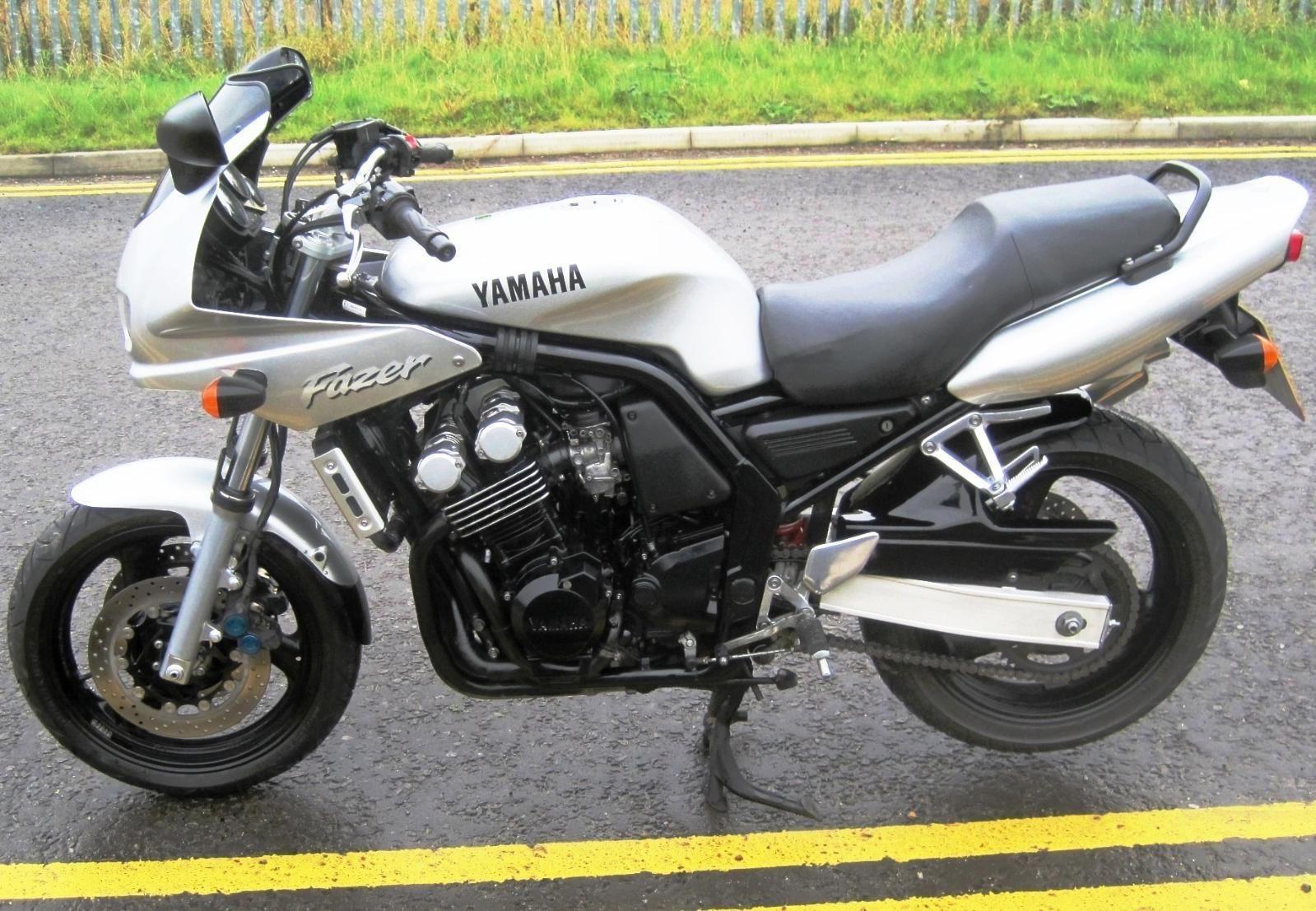 Мануалы и документация для Yamaha FZ-1 (FZS 1000)