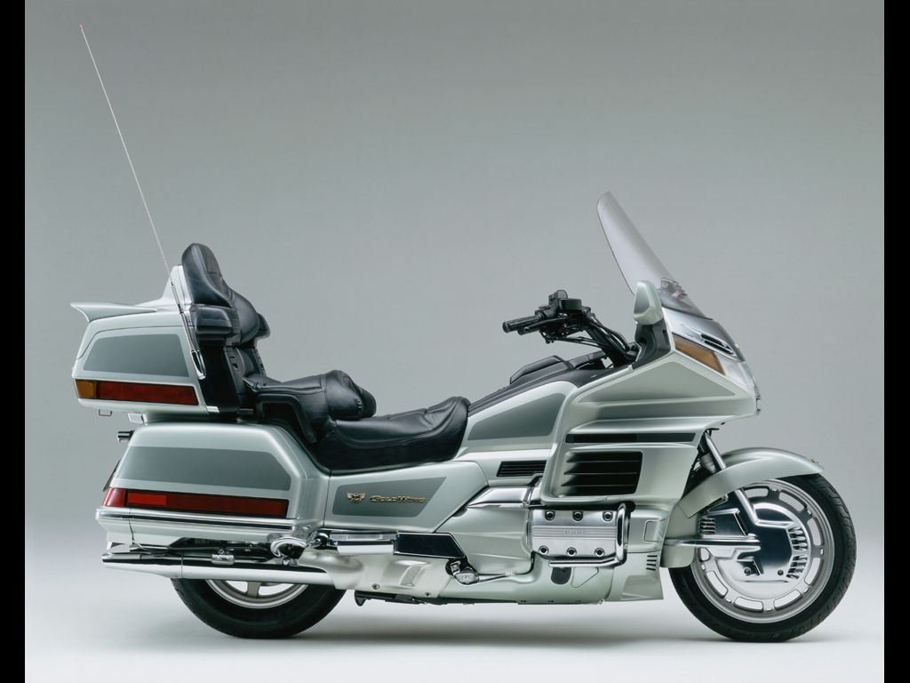 Сервисные мануалы для Honda GL1200 Gold Wing