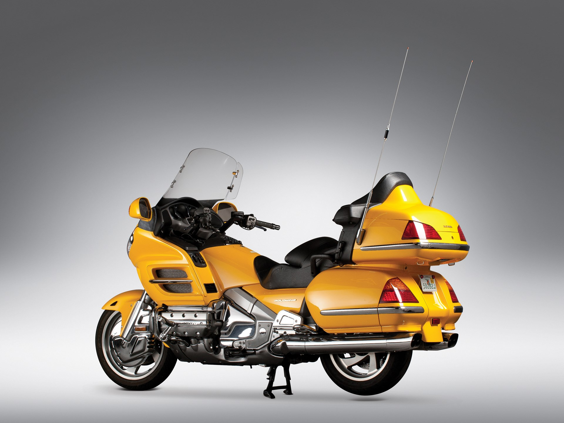 Honda Gold Wing (Голд Винг) GL 1800 — идеальный спутник для длительных путешествий