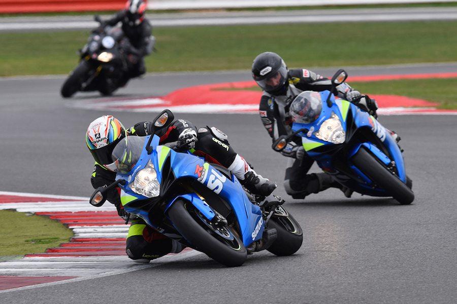 Тест-драйв мотоцикла Suzuki GSX-R750