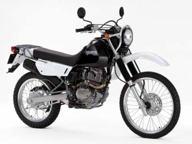 Suzuki Djebel (Cузуки Джебел) 200 – эндуро для путешествий