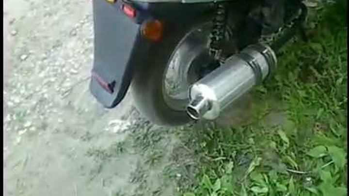 Хлопки в выхлопной трубе скутера — основные причины