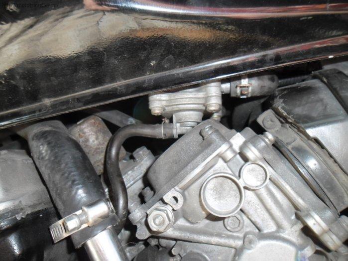 Как заменить тормозную жидкость на Honda CB 400 SF