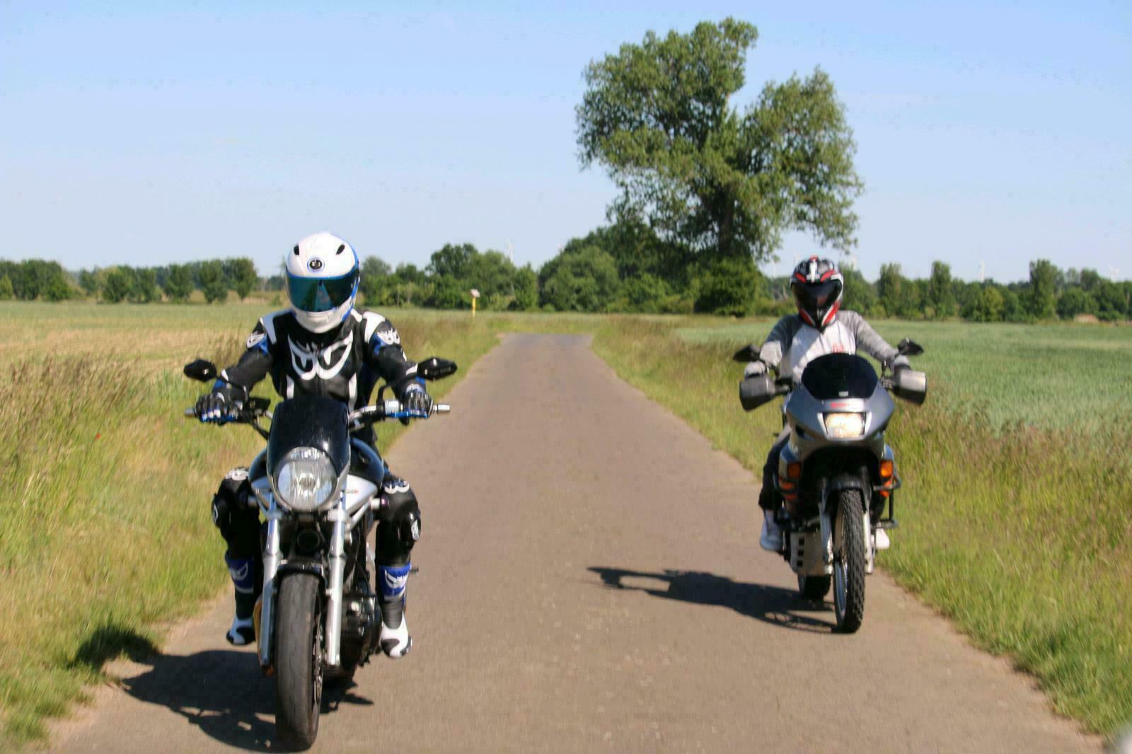 Тест-драйв мотоцикла Yamaha BT1100 Bulldog