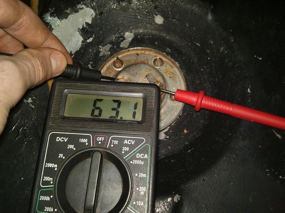 Датчик уровня топлива скутера – проверка работоспособности и точности показаний