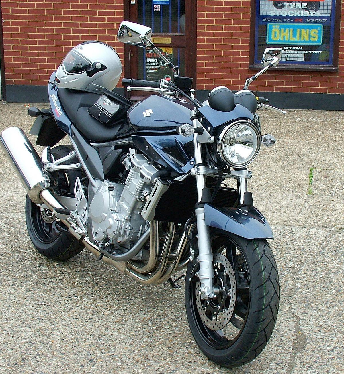 Тест-драйв мотоцикла Honda CB900F Hornet
