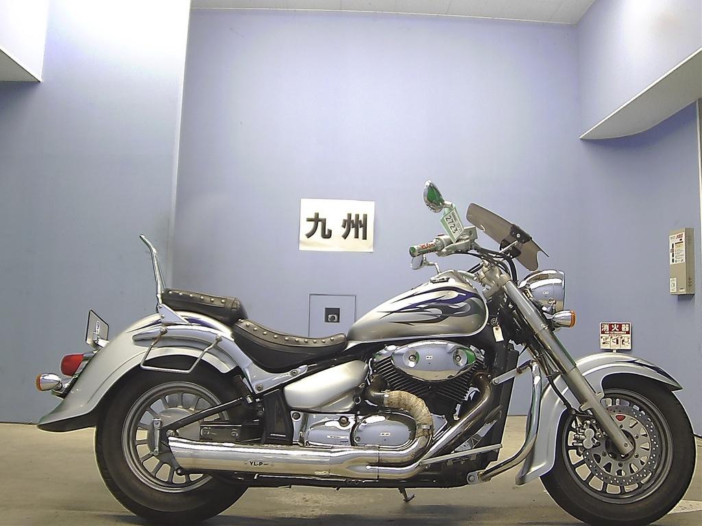 Suzuki Intruder (Сузуки Интрудер) – обзор 400-кубового чоппера