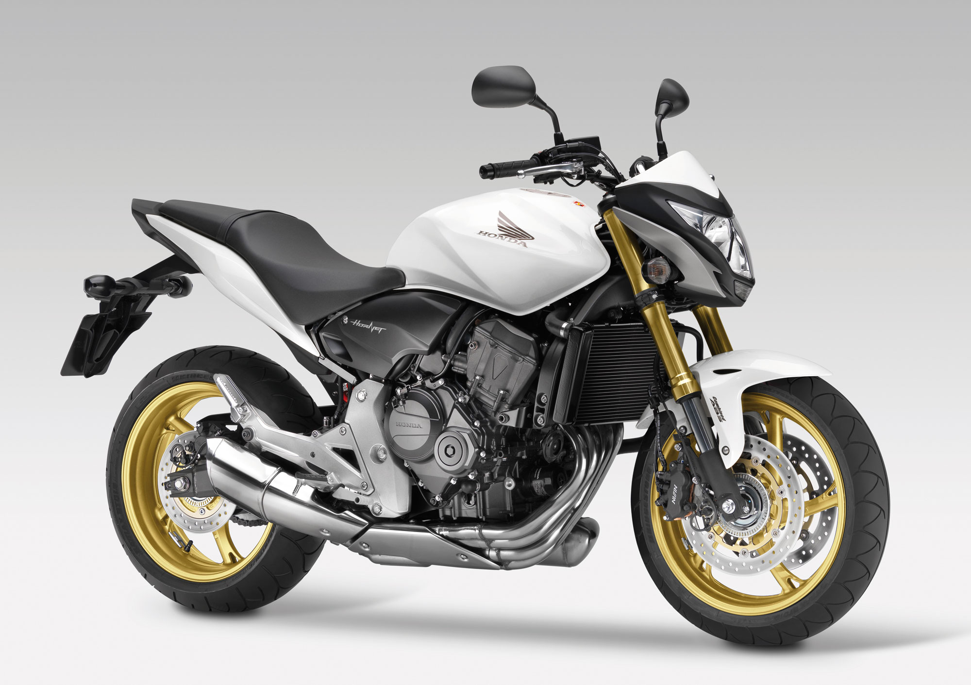 Honda CB 600: железный «Шершень»