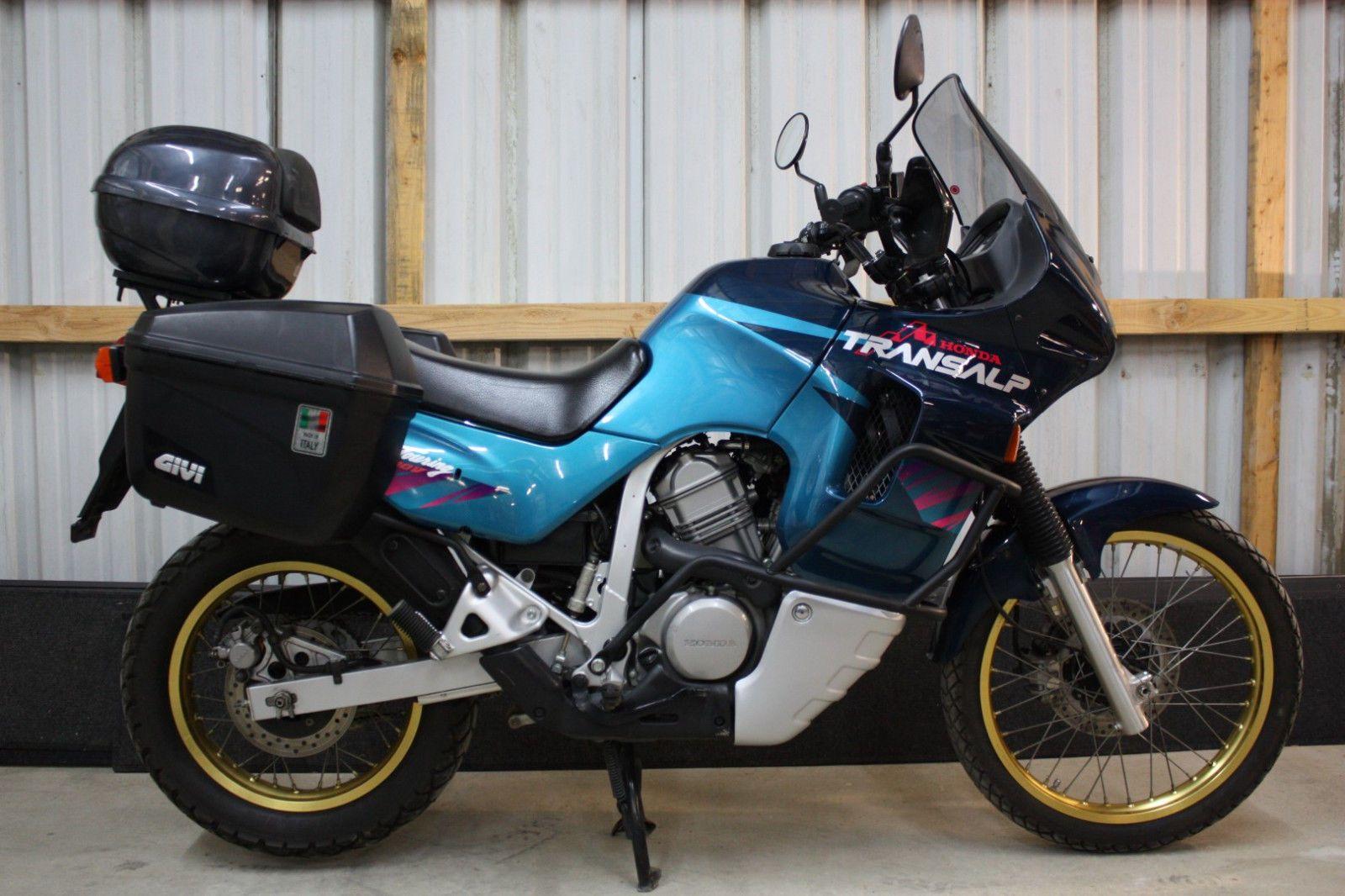 Тест-драйв мотоцикла Honda XL400V Transalp