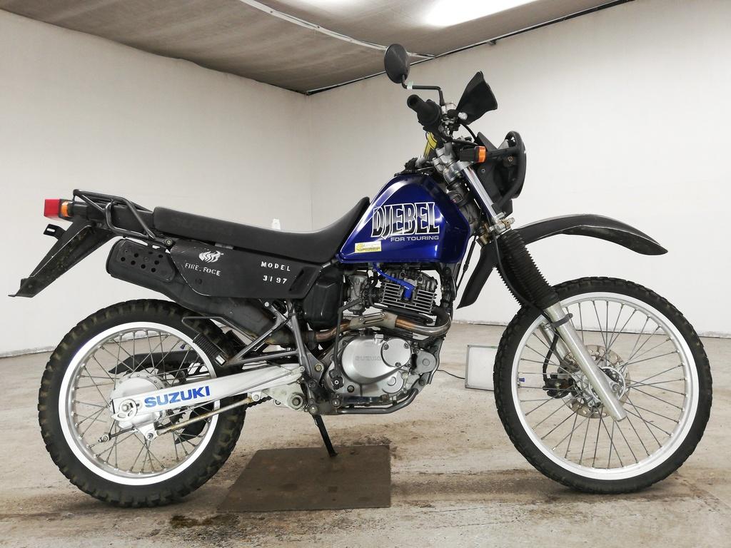 Тест-драйв мотоцикла Yamaha Serow 225
