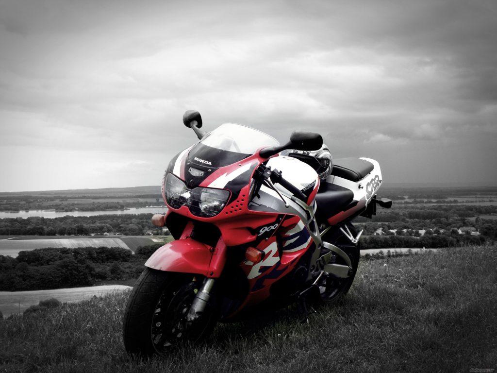 Тест-драйв мотоцикла Honda CBR900RR Fireblade