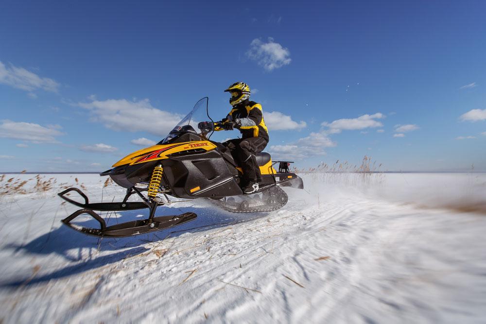Снегоходы от компании «Русская механика»: краткий обзор модельного ряда