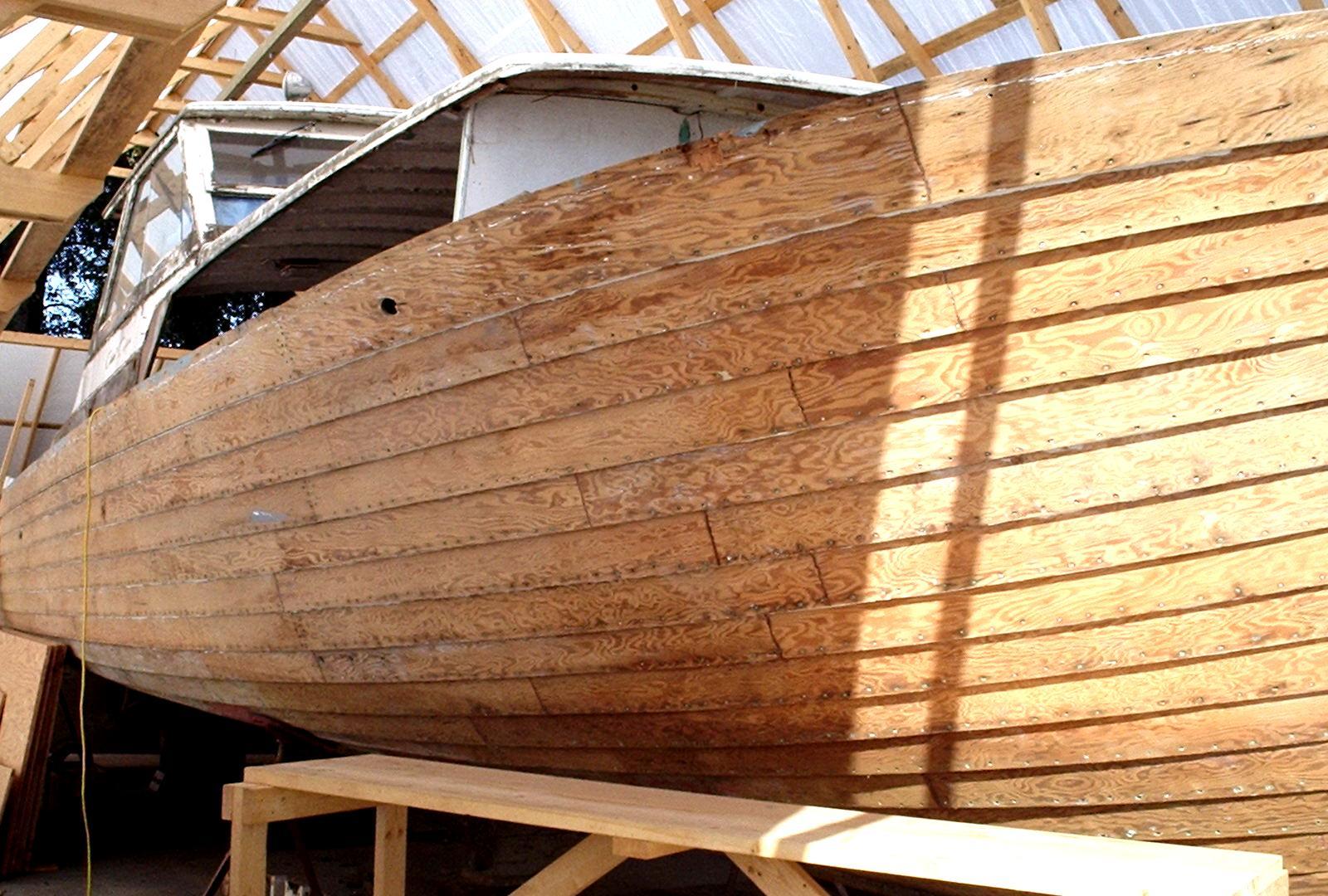 Древесина для изготовления лодки