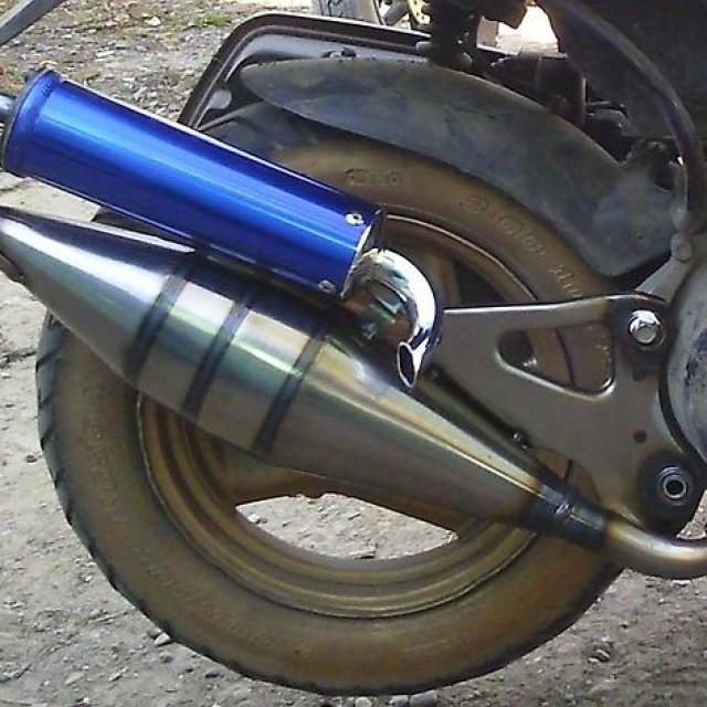 Выбор глушителя при тюнинге двухтактного скутера – основные правила