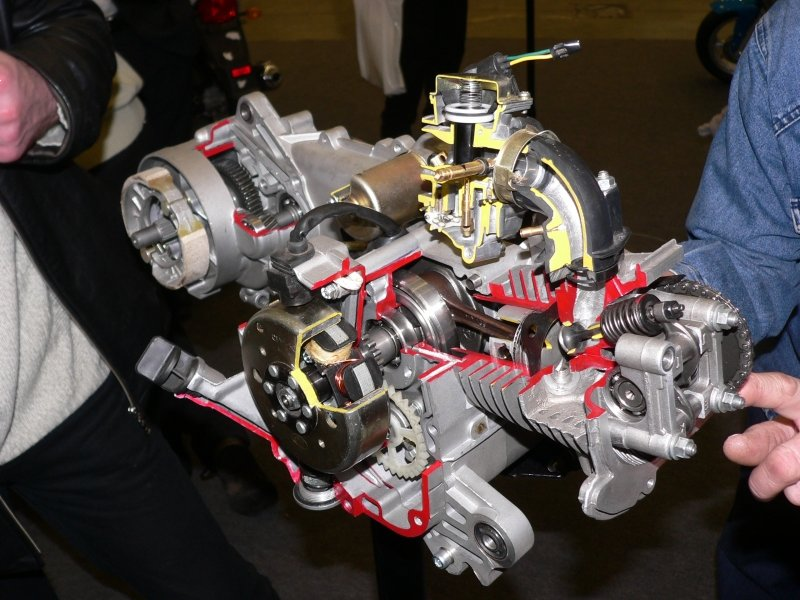 Двигатель скутера работает неравномерно — ищем причину