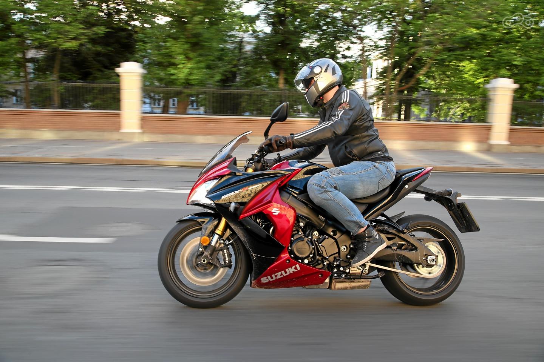 Тест-драйв мотоцикла Suzuki GSX-S1000