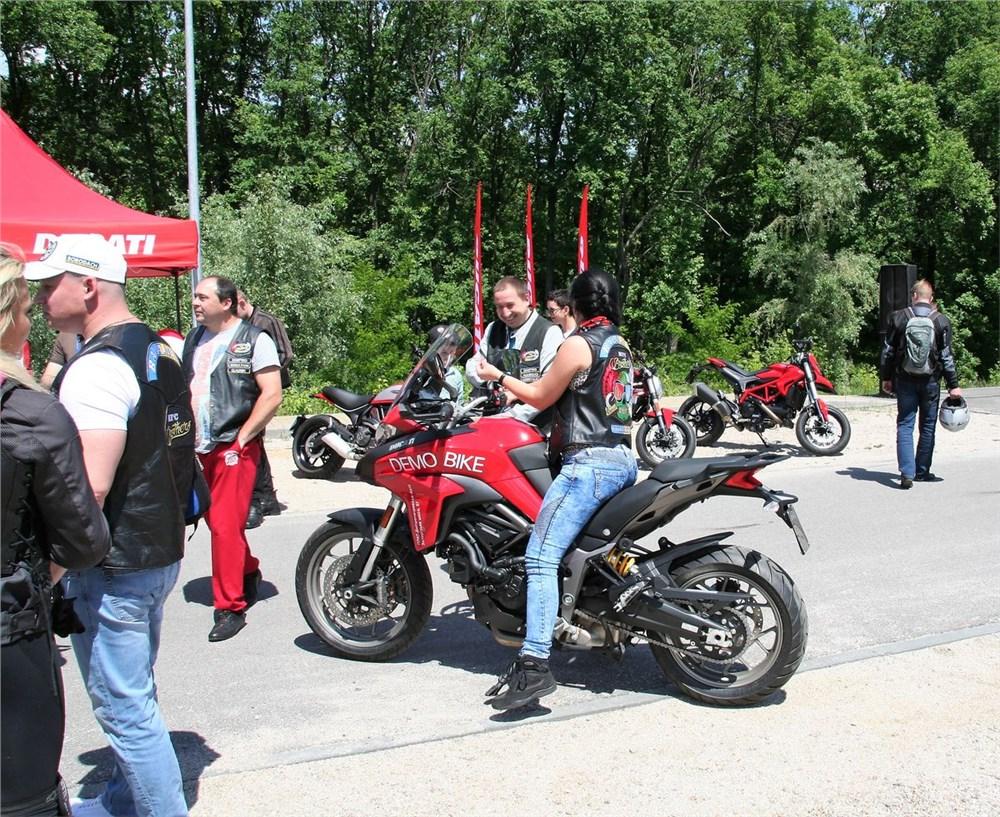 Тест-драйв мотоцикла Yamaha GTS 1000