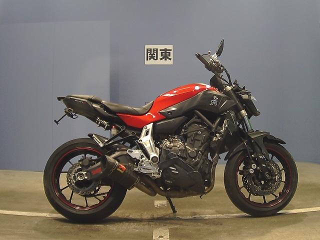 Yamaha MT-07 - доступно, но очень солидно