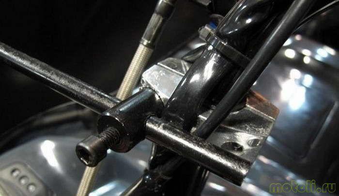 Устанавливаем на квадроцикл ветровое стекло