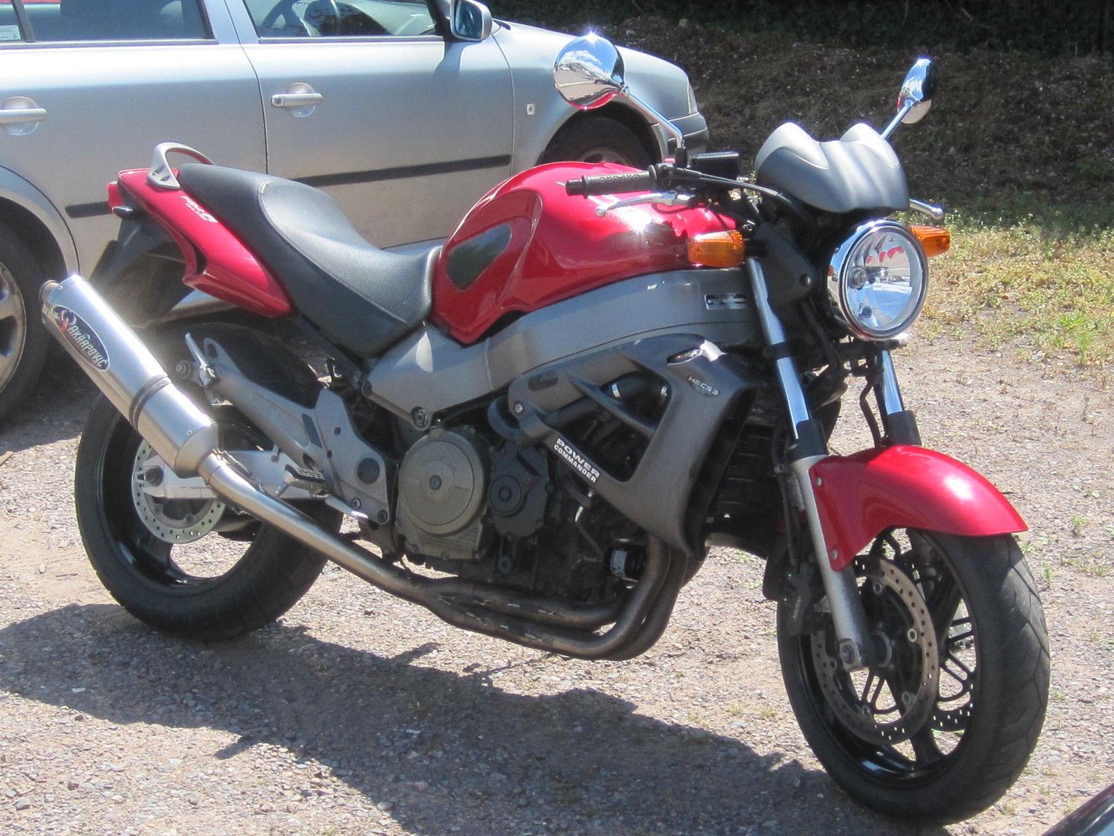 Honda X11 (CB1100SF X-Eleven)