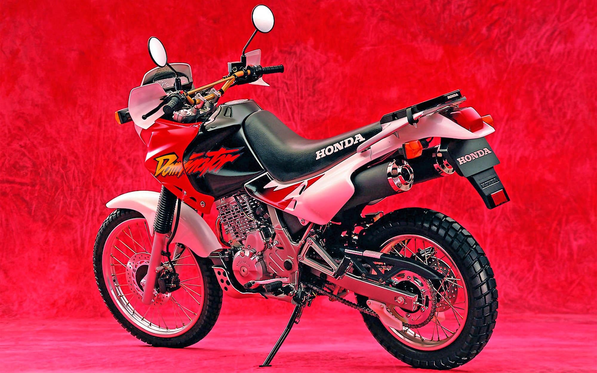 Мануалы и документация для Honda NX650 Dominator