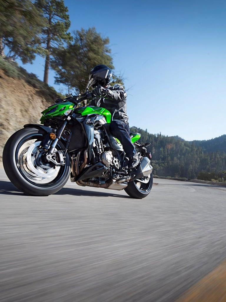 Тест-драйв мотоцикла Kawasaki Z1000