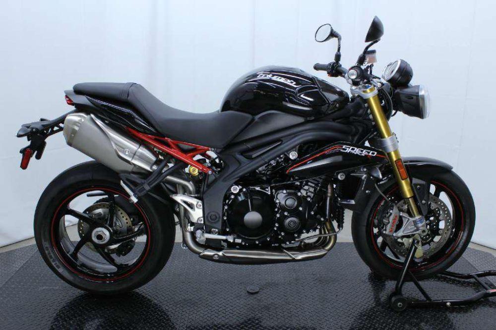 Мотоцикл Triumph Speed Triple Matt Black (2008)