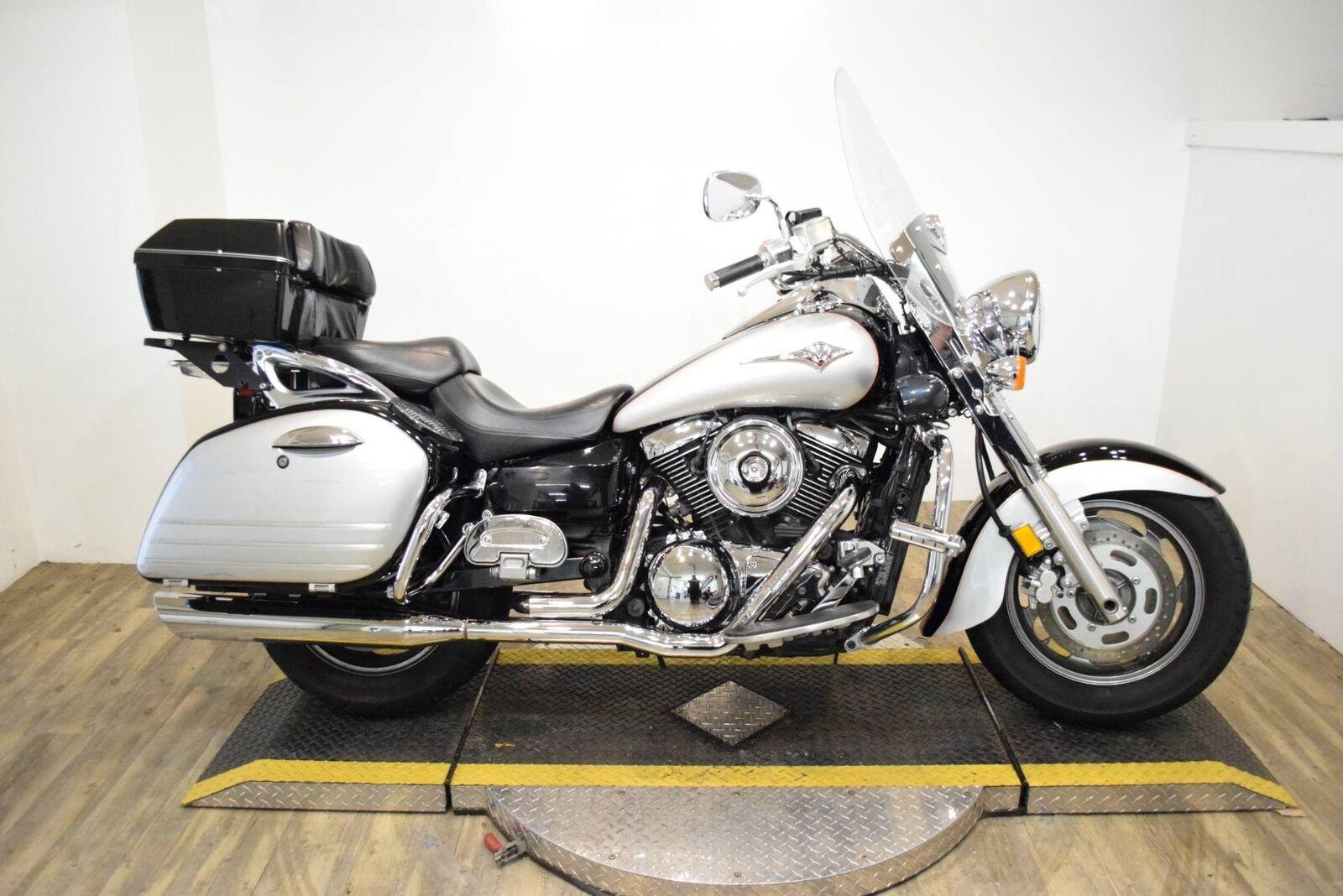 Тест-драйв мотоцикла Kawasaki VN1600 Vulcan Nomad