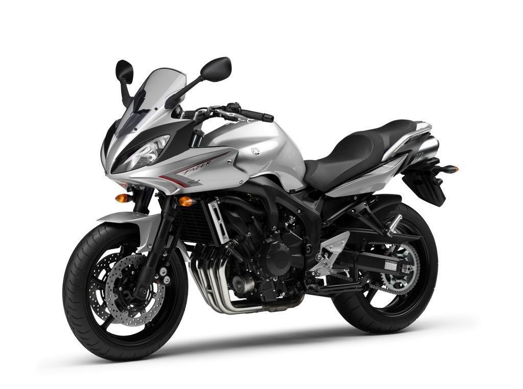 Тест-драйв мотоцикла Yamaha FZ6 Fazer