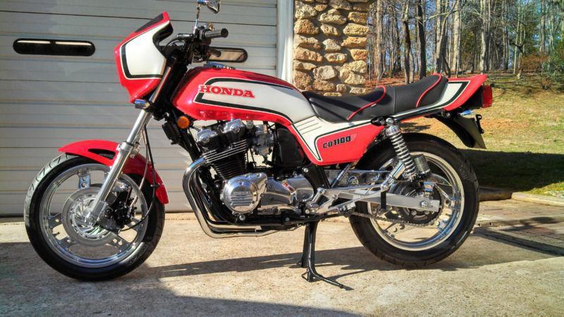 Мотоцикл Honda CB1100F