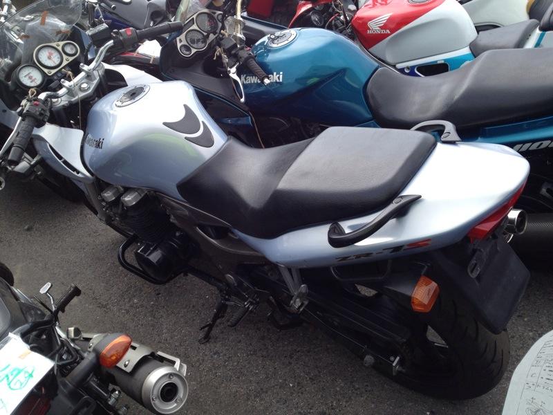 Тест-драйв мотоцикла Kawasaki ZR-7S