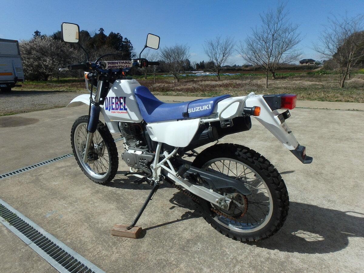 Suzuki Djebel 200