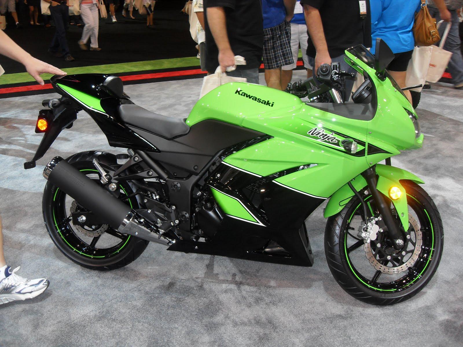 Мотоцикл Kawasaki Ninja (Кавасаки Ниндзя) 250R — интересный мотоцикл для начинающих