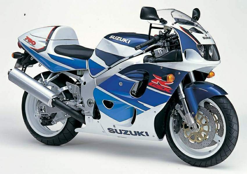 Suzuki GSX-R 750 — Спортбайк для гражданского использования
