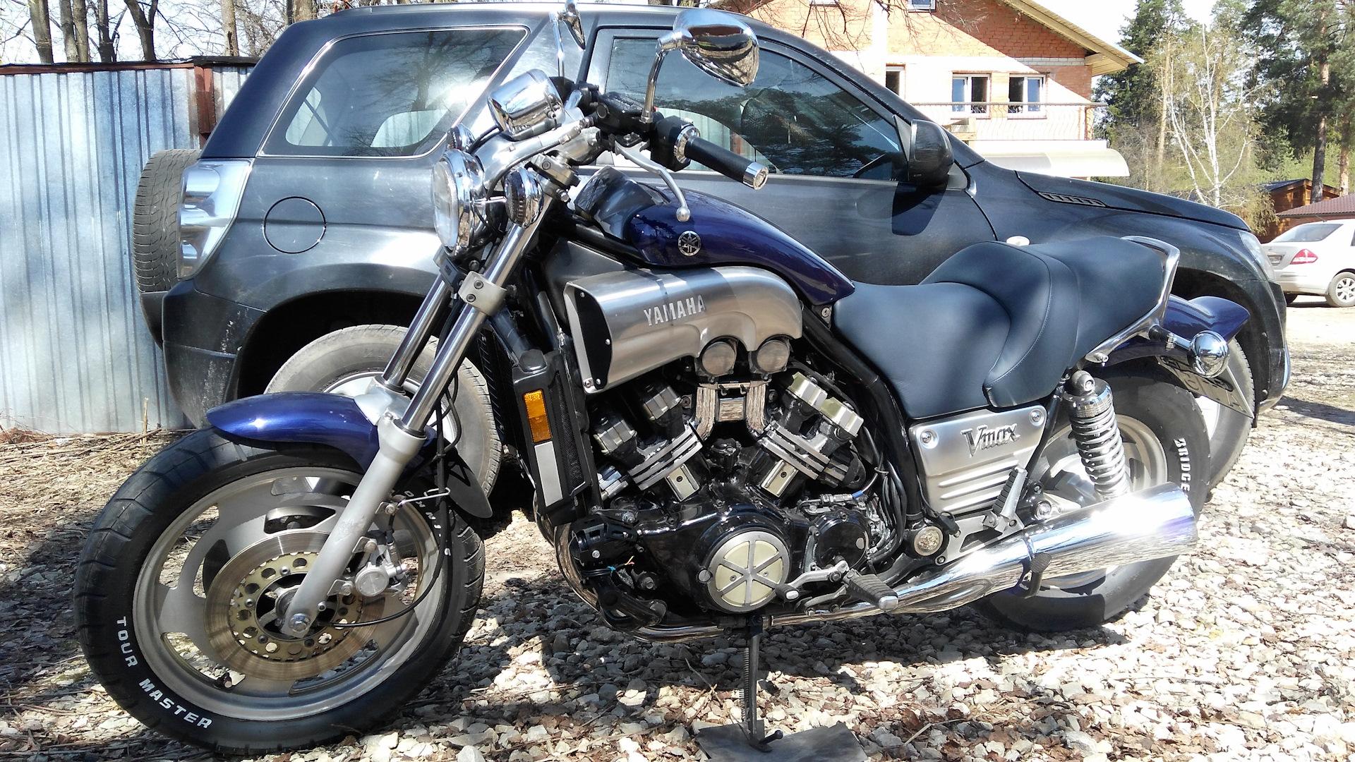 Тест-драйв мотоцикла Yamaha V-max 1200