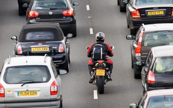 Существуют ли специальные пдд для мотоциклистов?