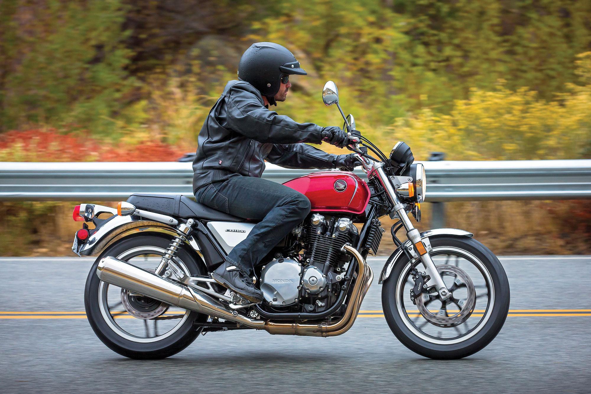 Тест-драйв мотоцикла Honda CB 1100