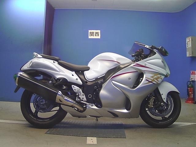 Мотоциклы с объемом двигателя 1300 см³