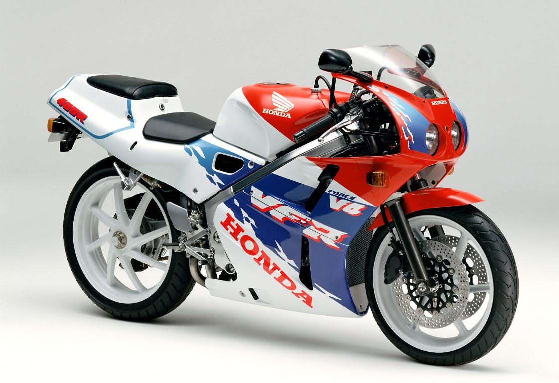 Обзор мотоцикла Honda VFR 400 (NC30)