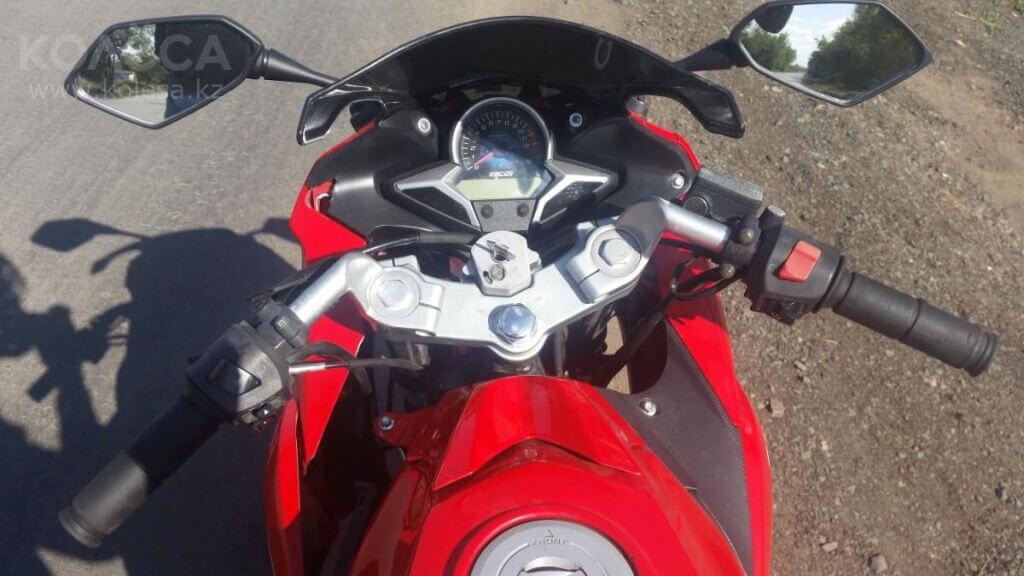 """Дорожный мотоцикл Racer Skyway RC250CS сделанный под """"Спорт-байк"""""""