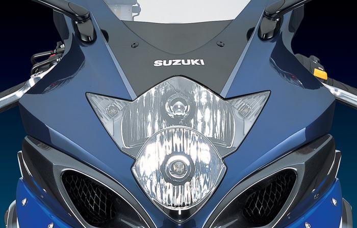 Тест-драйв мотоцикла Suzuki GSX-R1000 K7