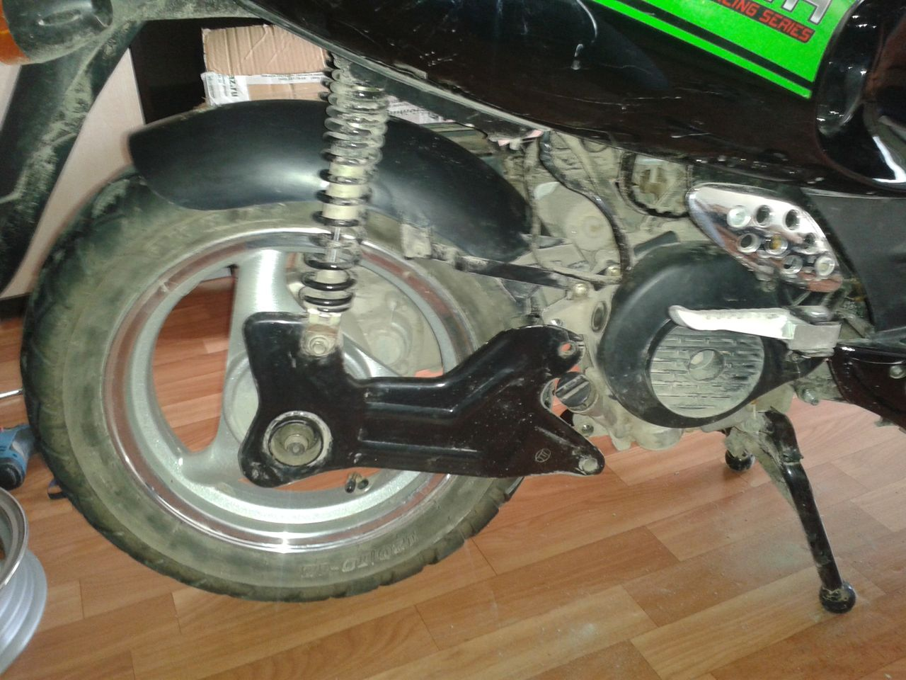 Замена заднего амортизатора на скутере