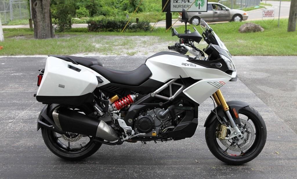 Мотоцикл Aprilia Caponord 1200